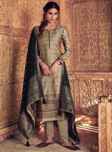 Ibiza kathkargha Dress Material ( 8 Pcs Catalog )